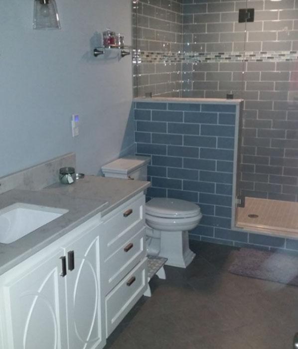 Overland Park Bathroom Remodeling. Johnson County Remodeling. Lenexa. Leawood. Olathe. Overland Park.