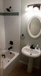 Bathroom-Remodeling Black and White palette